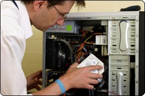 pic-computer-maintenance